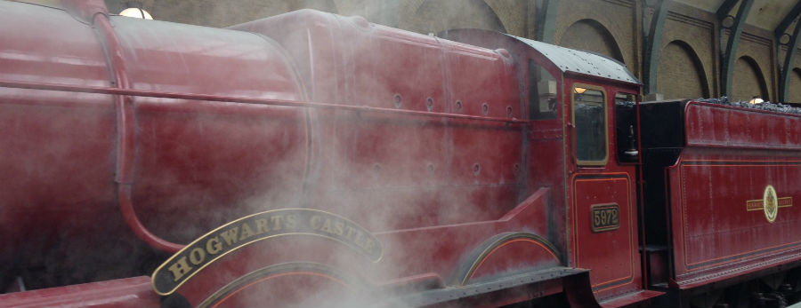Peeking Into the Wizarding World of Harry Potter – Diagon Alley